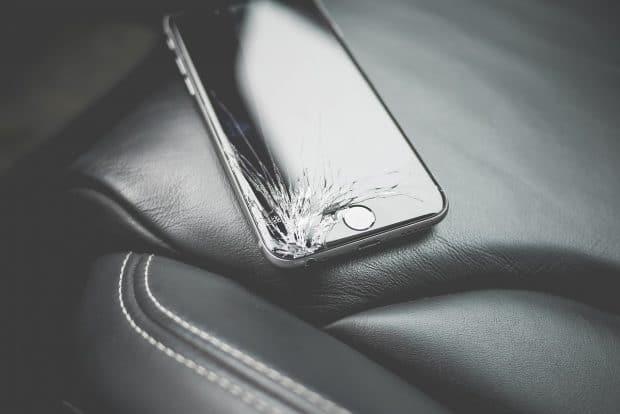 Iphone, Broken